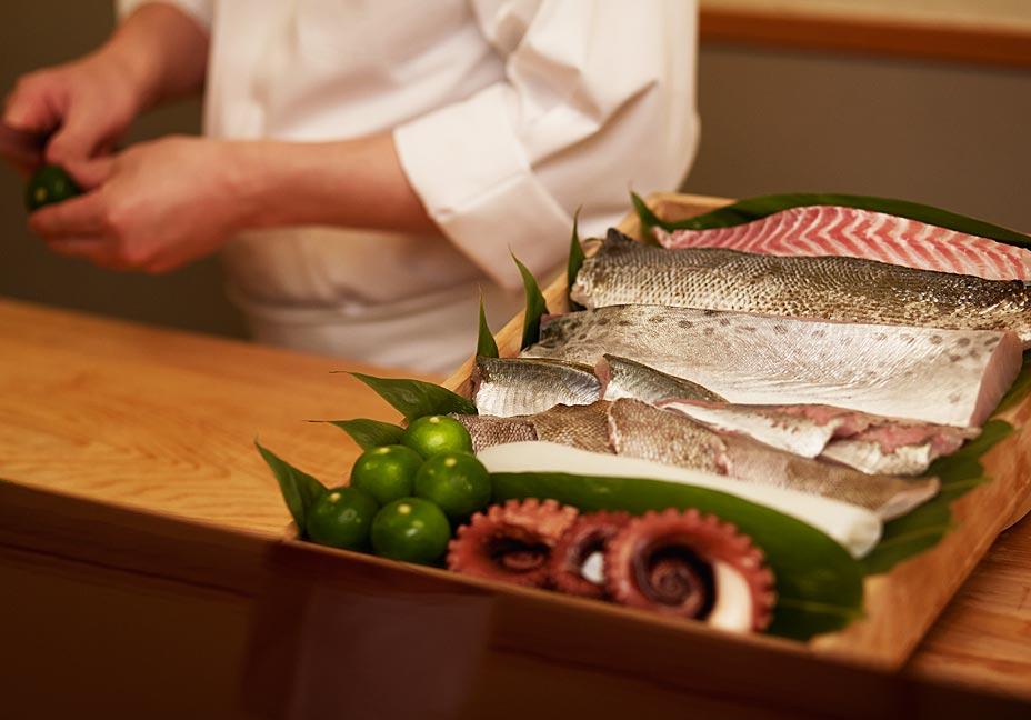 淡路島の厳選素材を味わう おまかせ握り鮨コース