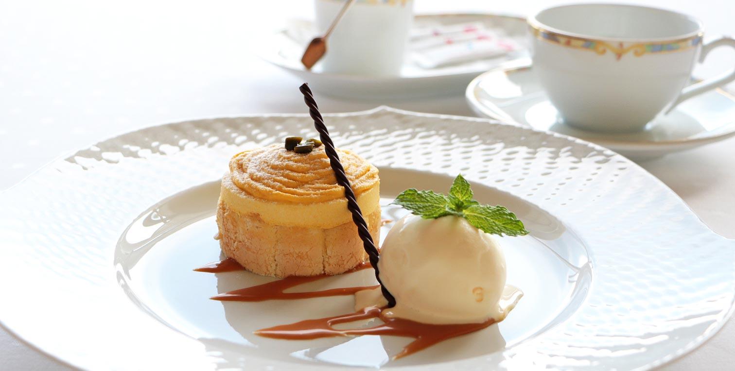 ホテルアナガ 10月のおすすめデザート!