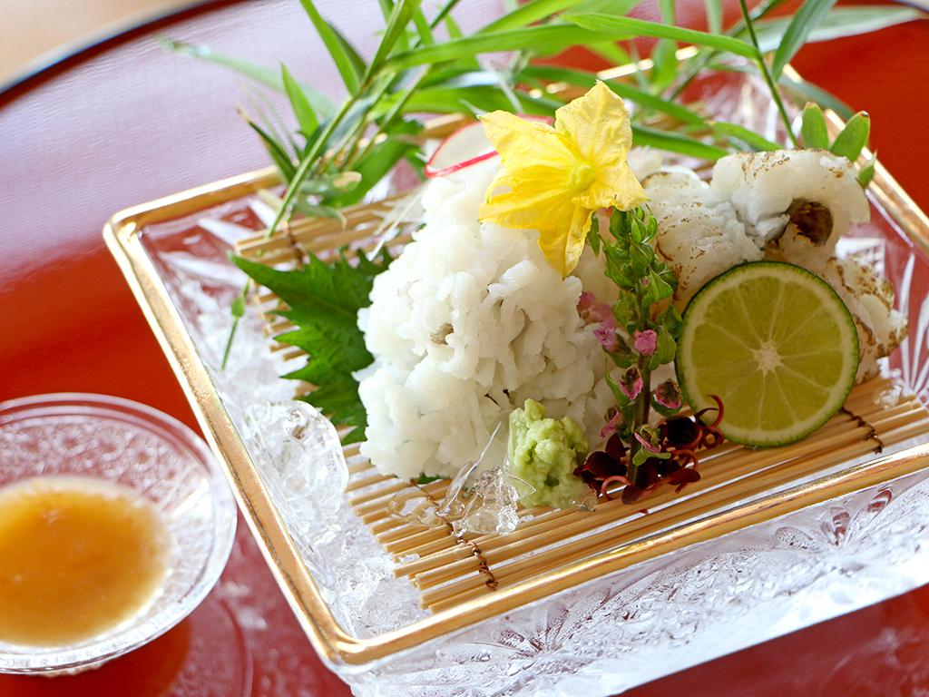 淡路島の夏を彩る『鱧』を地元食材と組み合わせた「鱧会席プラン」!