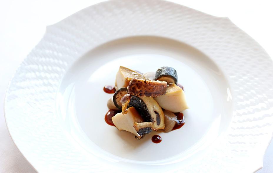 アナガ・オーベルジュ ~美食家の晩餐~ 旬の海の幸と淡路ビーフを愉しむ